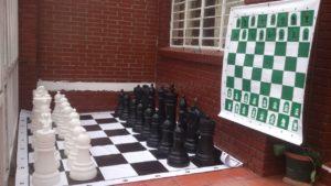 Fabricantes de ajedrez gigante y mural grande magnético enrollable portable