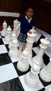 Fabricante de ajedrez gigante para exteriores